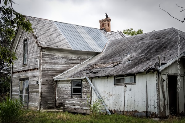 abandoned farm house in rockwall  texas
