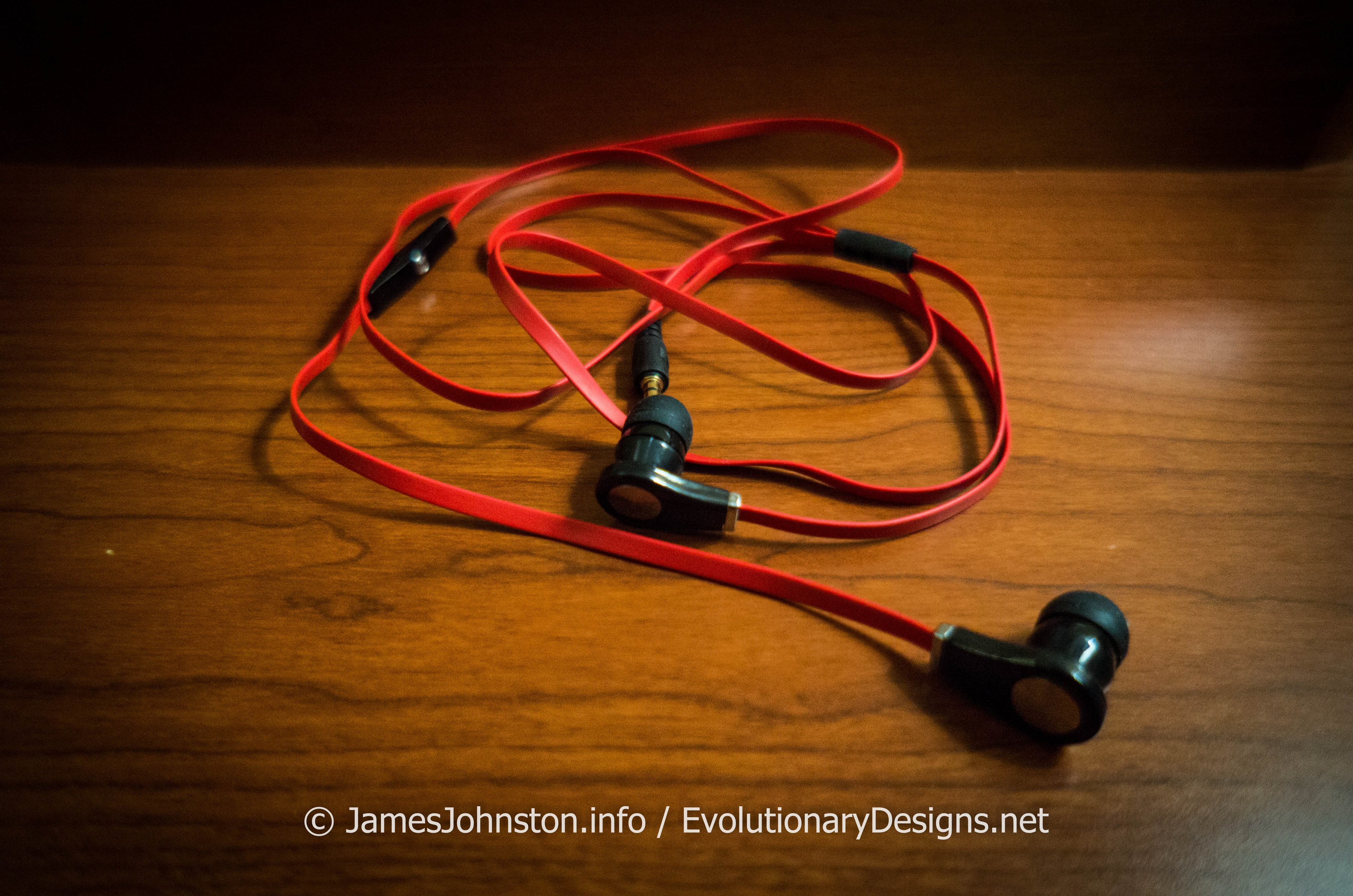 iworld pro earbuds headphones with mic. Black Bedroom Furniture Sets. Home Design Ideas