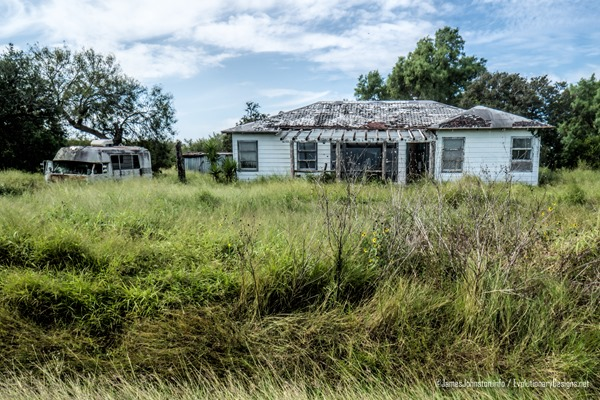 Two abandoned farm houses and old ford econline motor home for Texas motor transportation consultants