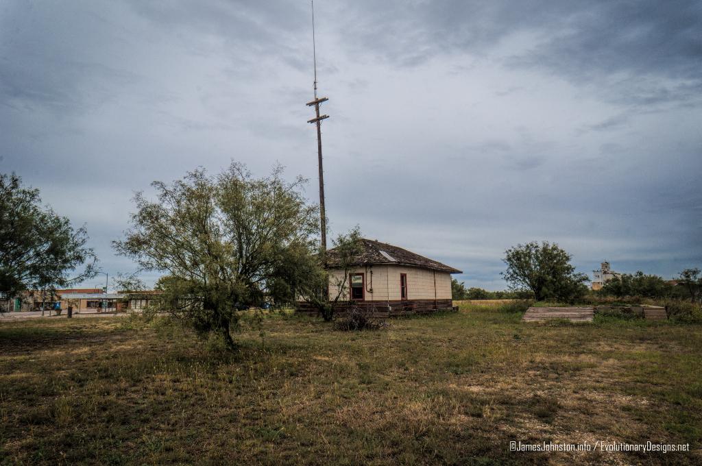 The Abandoned Santa Fe Rail Depot In Hamlin Texas